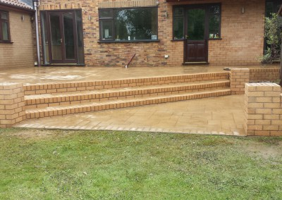 Pattern Imprinted Concrete Patio Steps