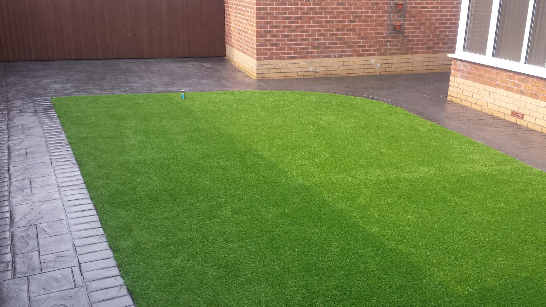 Artificial Grass Pattern Imprinted Concrete Driveways